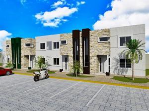 Casa En Venta En Coro, Villa Real, Venezuela, VE RAH: 17-7916