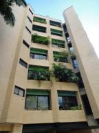 Apartamento En Venta En Caracas, Campo Alegre, Venezuela, VE RAH: 17-7942