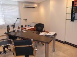 Oficina En Venta En Caracas, Chacao, Venezuela, VE RAH: 17-7960
