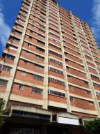 Apartamento En Venta En Caracas, La Florida, Venezuela, VE RAH: 17-8093