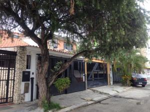 Casa En Venta En Municipio Naguanagua, Las Quintas, Venezuela, VE RAH: 17-7974