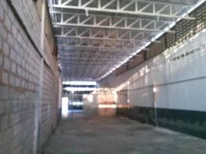 Galpon - Deposito En Alquiler En Maracaibo, Avenida Bella Vista, Venezuela, VE RAH: 17-7978