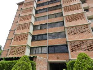 Apartamento En Venta En Caracas, Terrazas De Guaicoco, Venezuela, VE RAH: 17-7997