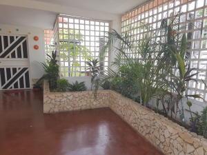 Casa En Venta En Cabimas, 5Bocas, Venezuela, VE RAH: 17-8018