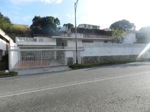 Casa En Venta En Caracas, Prados Del Este, Venezuela, VE RAH: 17-8008