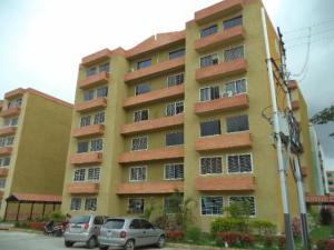 Apartamento En Venta En Municipio San Diego, Monteserino, Venezuela, VE RAH: 17-8017