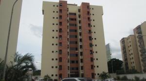Apartamento En Venta En Municipio Los Guayos, Los Guayos, Venezuela, VE RAH: 17-8124