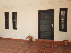 Casa En Alquiler En Cabimas, Carretera H, Venezuela, VE RAH: 17-8596