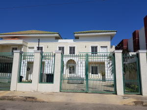 Casa En Venta En Cabimas, Buena Vista, Venezuela, VE RAH: 17-8869