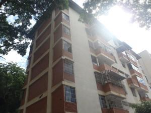Apartamento En Venta En Caracas, Los Chaguaramos, Venezuela, VE RAH: 17-8079