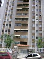 Apartamento En Venta En Caracas, Santa Fe Sur, Venezuela, VE RAH: 17-8074