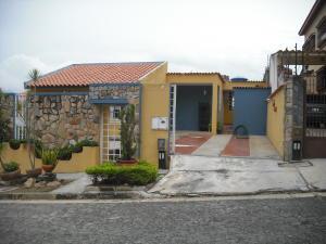 Casa En Venta En Valencia, Trigal Norte, Venezuela, VE RAH: 17-8058