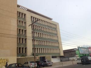 Oficina En Alquiler En Maracaibo, Tierra Negra, Venezuela, VE RAH: 17-8043