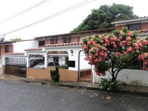 Casa En Venta En Guatire, La Rosa, Venezuela, VE RAH: 17-8066