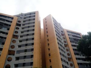 Apartamento En Venta En Municipio Naguanagua, Tazajal, Venezuela, VE RAH: 17-8067