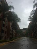 Apartamento En Venta En Caracas, Los Naranjos Del Cafetal, Venezuela, VE RAH: 17-8076
