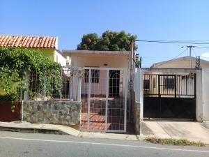Casa En Venta En Maracaibo, Santa Maria, Venezuela, VE RAH: 17-8071