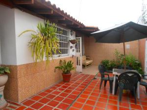 Casa En Venta En Turmero, Valle Lindo De Turmero, Venezuela, VE RAH: 17-8094