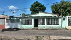 Casa En Venta En Ciudad Bolivar, La Fundacion, Venezuela, VE RAH: 17-10181