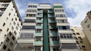Apartamento En Venta En Valencia, Prebo I, Venezuela, VE RAH: 17-8109