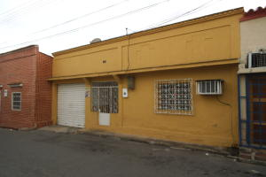 Casa En Venta En Valencia, Lizandro Alvarado, Venezuela, VE RAH: 17-8112