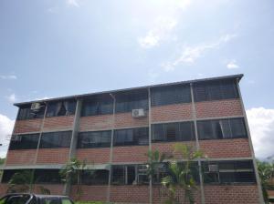 Apartamento En Venta En Guarenas, Terrazas Del Este, Venezuela, VE RAH: 17-8122