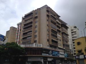 Apartamento En Venta En Caracas, Chacao, Venezuela, VE RAH: 17-8127