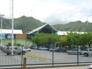 Local Comercial En Alquiler En Municipio San Diego, Terrazas De San Diego, Venezuela, VE RAH: 17-8131