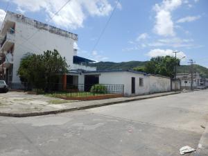 Casa En Ventaen Valencia, San Blas, Venezuela, VE RAH: 17-8151