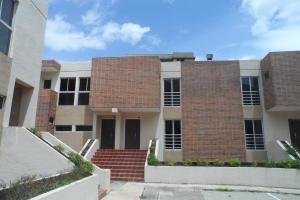 Townhouse En Ventaen Municipio Naguanagua, El Rincon, Venezuela, VE RAH: 17-8202
