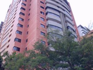 Apartamento En Venta En Valencia, La Trigaleña, Venezuela, VE RAH: 17-8195