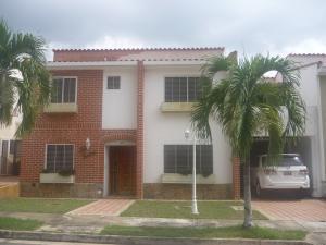 Casa En Venta En Valencia, Parque Mirador, Venezuela, VE RAH: 17-8302