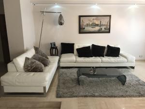 Apartamento En Venta En Maracaibo, Tierra Negra, Venezuela, VE RAH: 17-8546