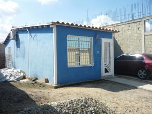Casa En Venta En San Joaquin, La Pradera, Venezuela, VE RAH: 17-8183