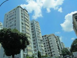 Apartamento En Venta En Caracas, Los Palos Grandes, Venezuela, VE RAH: 17-8193