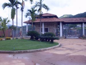 Terreno En Venta En Valencia, Guataparo, Venezuela, VE RAH: 17-8200