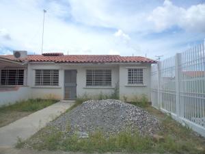 Casa En Venta En Araure, Araure, Venezuela, VE RAH: 17-8199