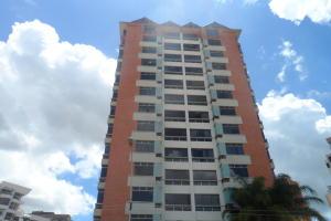 Apartamento En Venta En Municipio Naguanagua, Maã±Ongo, Venezuela, VE RAH: 17-8203