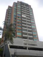 Apartamento En Venta En Valencia, El Parral, Venezuela, VE RAH: 17-8221