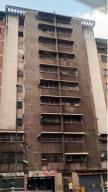 Apartamento En Venta En Caracas, Parroquia San Jose, Venezuela, VE RAH: 17-8234
