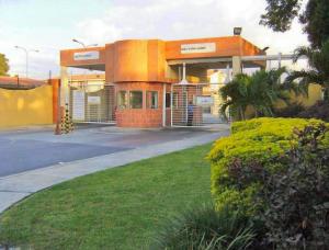 Casa En Venta En Municipio Linares Alcantara, La Morita I, Venezuela, VE RAH: 17-8258