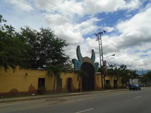 Terreno En Ventaen Municipio Libertador, Parroquia Tocuyito, Venezuela, VE RAH: 17-8483