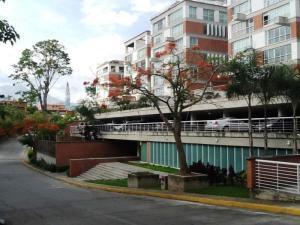 Apartamento En Venta En Caracas, Villa Nueva Hatillo, Venezuela, VE RAH: 17-8300