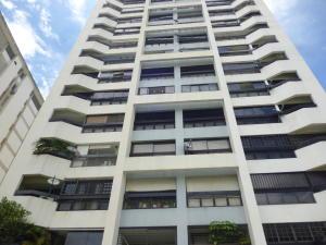 Apartamento En Venta En Caracas, La Florida, Venezuela, VE RAH: 17-8305