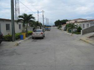 Terreno En Venta En Cabudare, Parroquia José Gregorio, Venezuela, VE RAH: 17-8322