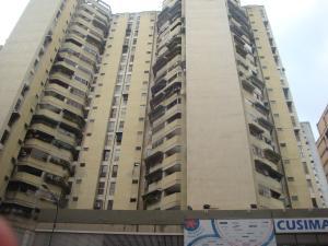 Apartamento En Venta En Caracas, Parroquia La Candelaria, Venezuela, VE RAH: 17-8355