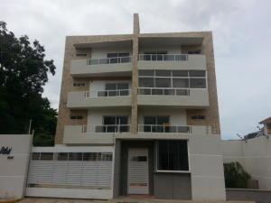Apartamento En Venta En Maracaibo, Santa Maria, Venezuela, VE RAH: 17-8362