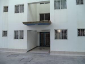 Apartamento En Alquiler En Municipio Naguanagua, La Campina Ii, Venezuela, VE RAH: 17-8399