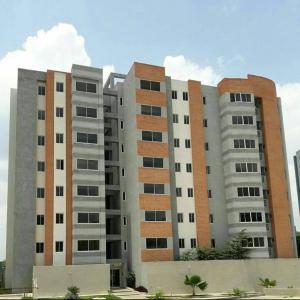 Apartamento En Venta En Municipio Naguanagua, Maã±Ongo, Venezuela, VE RAH: 17-8408