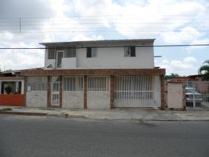 Casa En Venta En Valencia, Parque Valencia, Venezuela, VE RAH: 17-8440